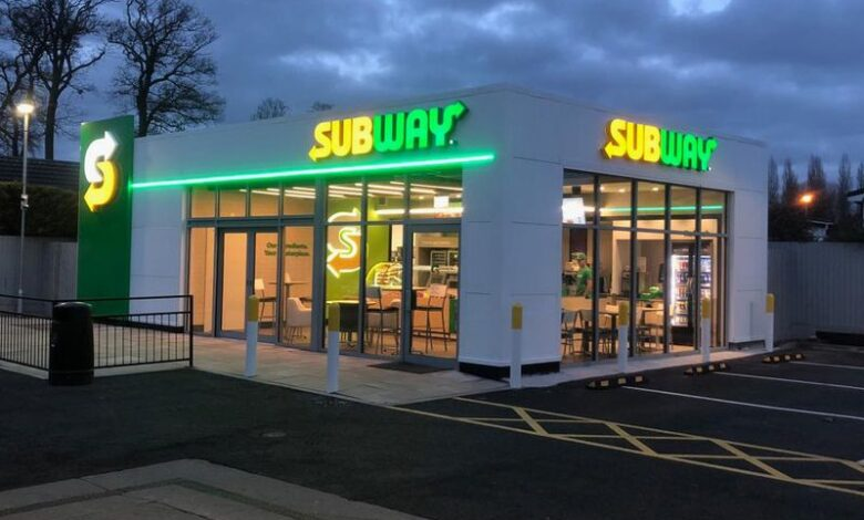 Photo of Subway hits refresh as it tries to rebound with massive overhaul, media push
